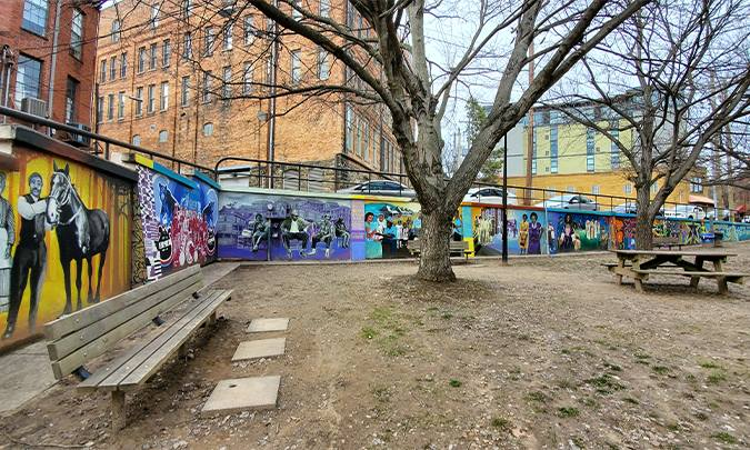 colorful murals at triangle park